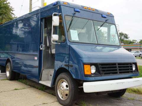2004 Workhorse P42 for sale at Anthony's All Cars & Truck Sales in Dearborn Heights MI
