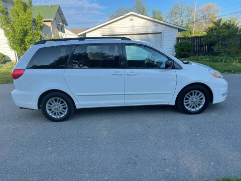 2008 Toyota Sienna for sale at Via Roma Auto Sales in Columbus OH