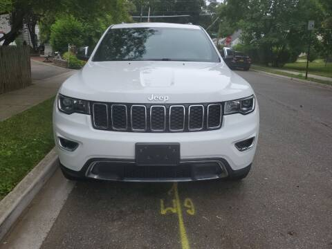 2018 Jeep Grand Cherokee for sale at OFIER AUTO SALES in Freeport NY