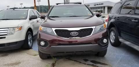 2013 Kia Sorento for sale at Sissonville Used Cars in Charleston WV