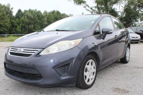 2013 Ford Fiesta for sale at UpCountry Motors in Taylors SC