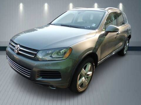 2011 Volkswagen Touareg for sale at Klean Carz in Seattle WA