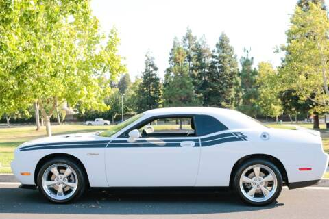 2010 Dodge Challenger for sale at California Diversified Venture in Livermore CA
