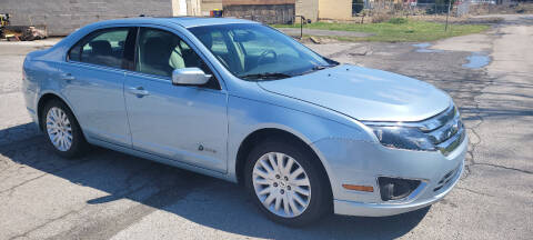 2010 Ford Fusion Hybrid for sale at WEELZ in New Castle DE