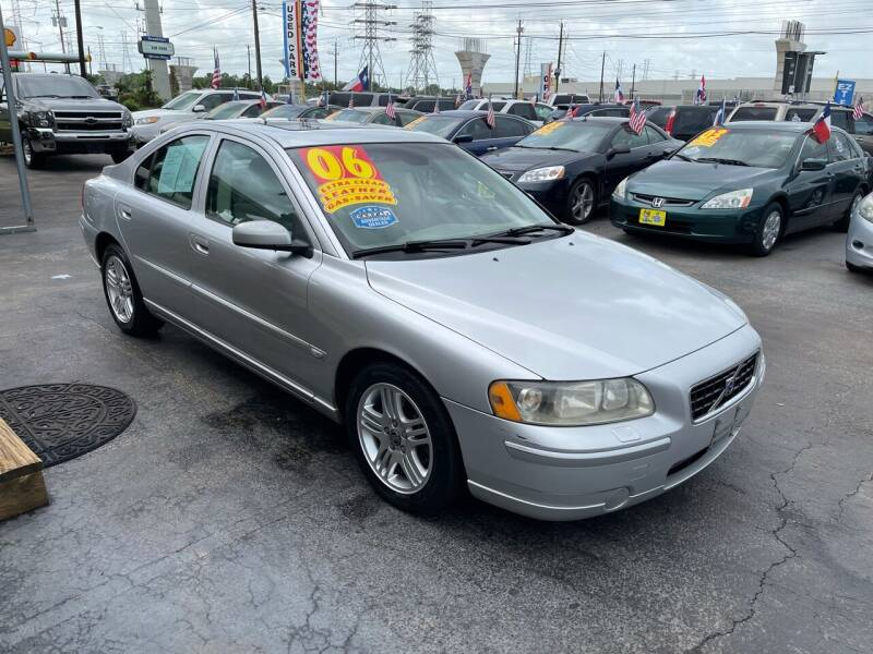 2006 Volvo S60 for sale at Texas 1 Auto Finance in Kemah TX