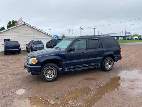 2000 Mercury Mountaineer for sale at BLAESER AUTO LLC in Chippewa Falls WI