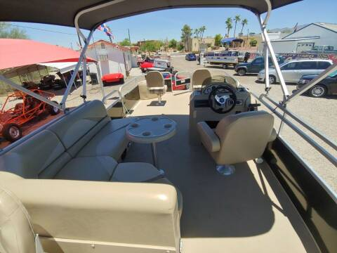 2014 SUNCAHTCHER 24 FT. PONTOON BOAT