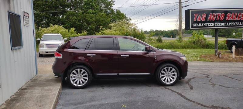 2011 Lincoln MKX for sale at T & G Auto Sales in Florence AL