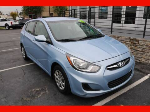 2013 Hyundai Accent for sale at AUTO POINT USED CARS in Rosedale MD