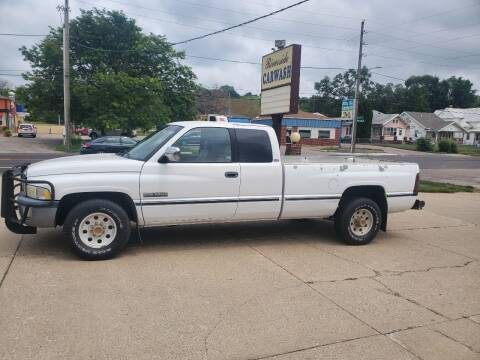 1997 Dodge Ram Pickup 2500 for sale at RIVERSIDE AUTO SALES in Sioux City IA