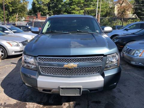 2008 Chevrolet Avalanche for sale at Six Brothers Auto Sales in Youngstown OH