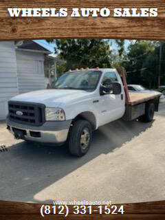 2005 Ford F-350 Super Duty for sale at Wheels Auto Sales in Bloomington IN