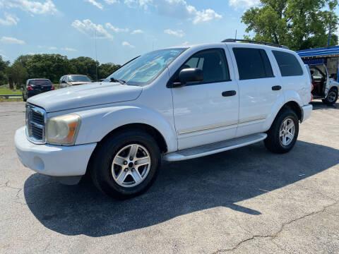 2004 Dodge Durango for sale at Dave-O Motor Co. in Haltom City TX