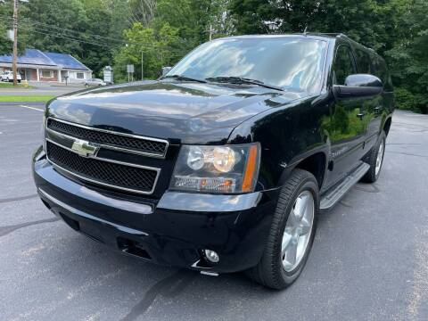 2014 Chevrolet Suburban for sale at Volpe Preowned in North Branford CT