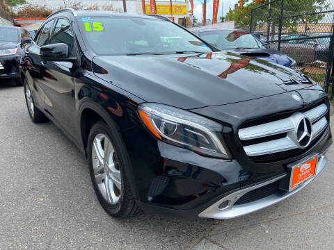 2015 Mercedes-Benz GLA for sale at TOP SHELF AUTOMOTIVE in Newark NJ