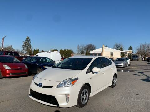 2015 Toyota Prius for sale at Sam's Auto in Akron PA