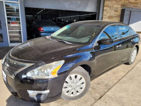 2014 Nissan Altima for sale at Car Planet Inc. in Milwaukee WI