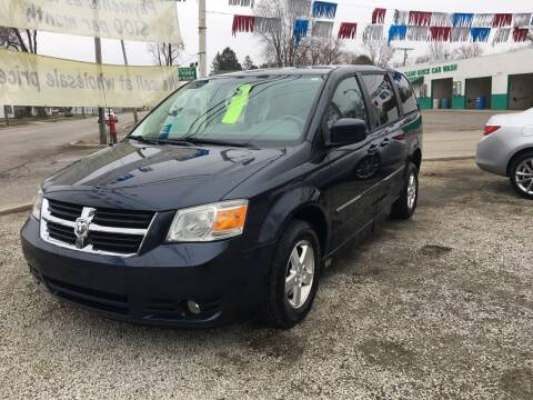 2008 Dodge Grand Caravan for sale at Antique Motors in Plymouth IN