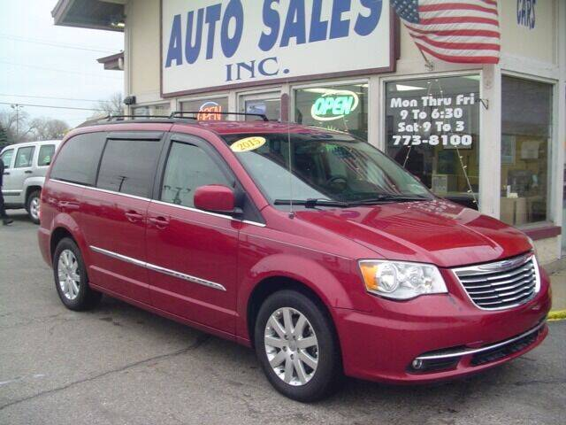 2015 Chrysler Town and Country for sale at G & L Auto Sales Inc in Roseville MI
