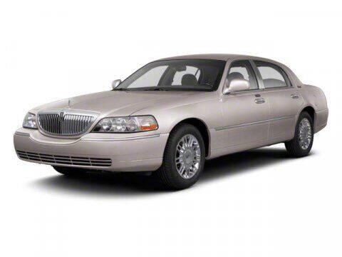 2010 Lincoln Town Car for sale in Hemet, CA