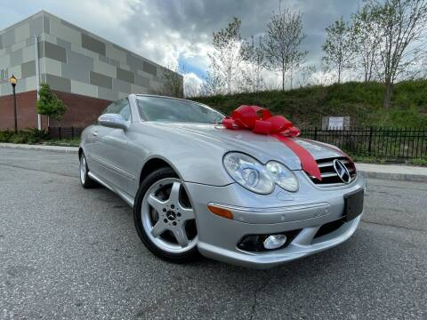 2004 Mercedes-Benz CLK for sale at Speedway Motors in Paterson NJ