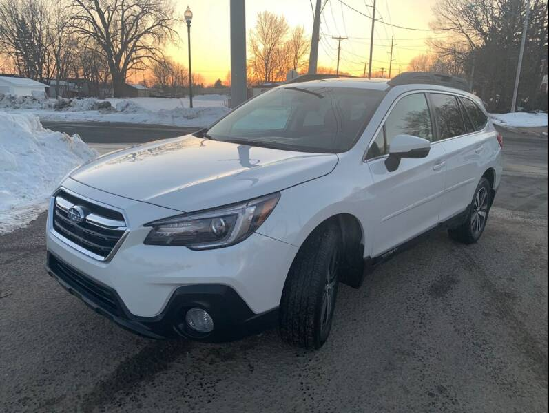 2018 Subaru Outback AWD 2.5i Limited 4dr Wagon - Farmington MN