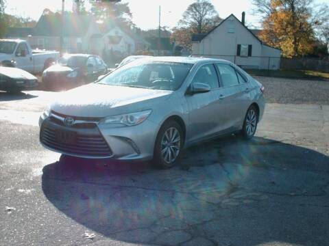 2015 Toyota Camry Hybrid for sale at Bill Caito's Mann Motors in Warwick RI