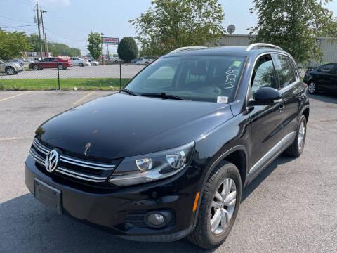 2012 Volkswagen Tiguan for sale at Diana Rico LLC in Dalton GA