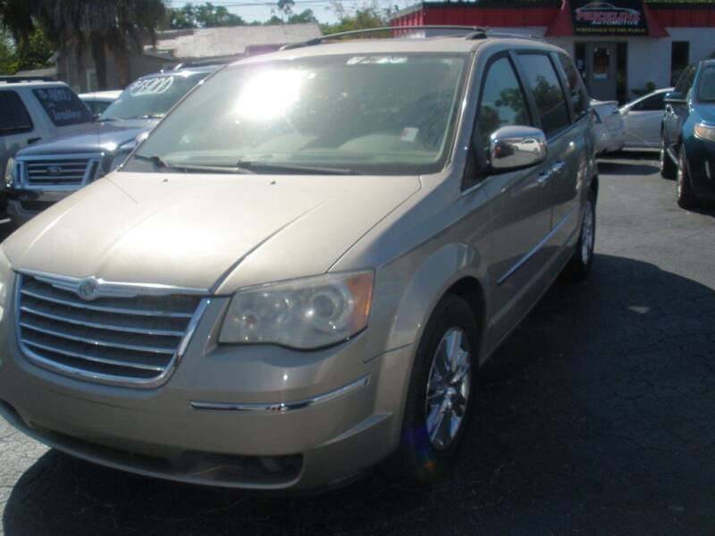 2009 Chrysler Town and Country for sale at Priceline Automotive in Tampa FL