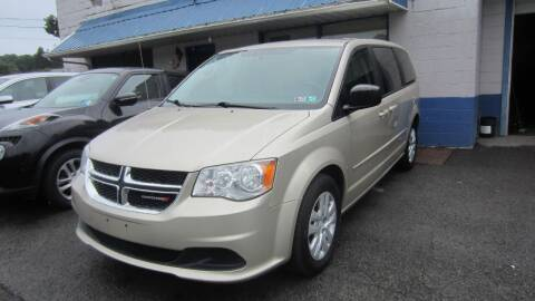 2014 Dodge Grand Caravan for sale at Auto Outlet of Morgantown in Morgantown WV