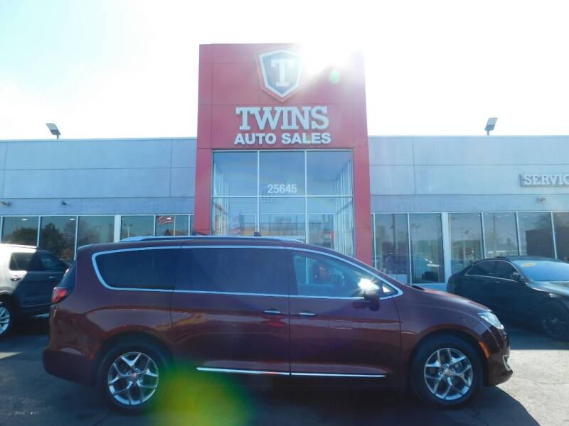 2018 Chrysler Pacifica for sale at Twins Auto Sales Inc Redford 1 in Redford MI
