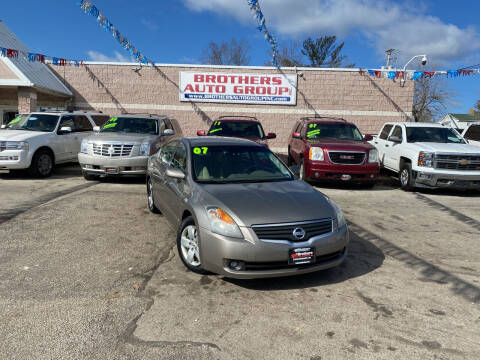 2007 Nissan Altima for sale at Brothers Auto Group in Youngstown OH