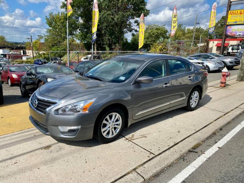 2015 Nissan Altima for sale at JR Used Auto Sales in North Bergen NJ