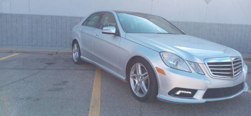 2011 Mercedes-Benz E-Class for sale at Double Take Auto Sales LLC in Dayton OH