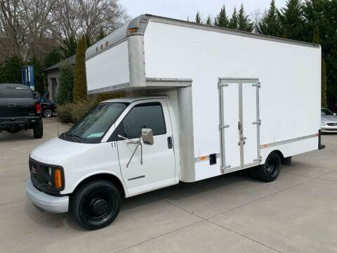 2002 GMC Savana Cutaway for sale at Hoyle Auto Sales in Taylorsville NC