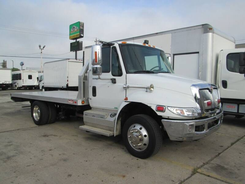 2011 International DuraStar 4300 for sale at Pasadena Auto Planet - 9172 North Freeway in Houston TX