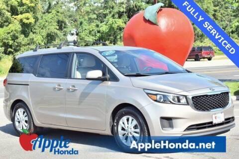 2015 Kia Sedona for sale at APPLE HONDA in Riverhead NY