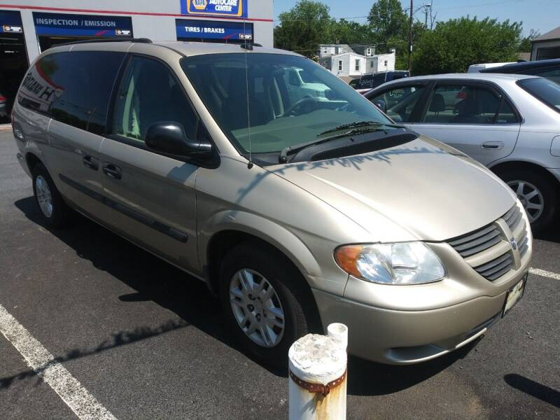 2005 Dodge Grand Caravan for sale at Heritage Auto Sales in Reading PA