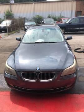 2009 BMW 5 Series for sale at LAKE CITY AUTO SALES - Jonesboro in Morrow GA