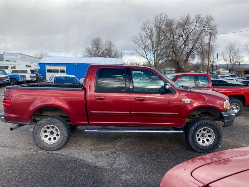 2002 Ford F-150 for sale at AFFORDABLY PRICED CARS LLC in Mountain Home ID