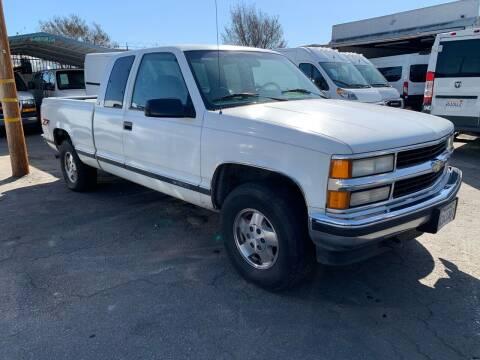 1995 Chevrolet C/K 1500 Series for sale at Best Buy Quality Cars in Bellflower CA