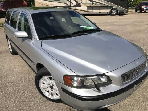 2004 Volvo V70 for sale at The Auto Depot in Raleigh NC