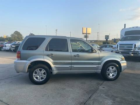 2005 Ford Escape for sale at Direct Auto in D'Iberville MS