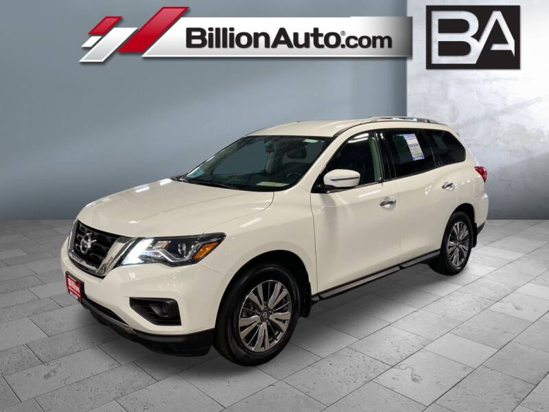 2018 Nissan Pathfinder for sale in Sioux Falls, SD