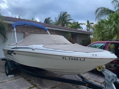 2001 Sea Ray 180 Bowrider for sale at American Classics Autotrader LLC in Pompano Beach FL