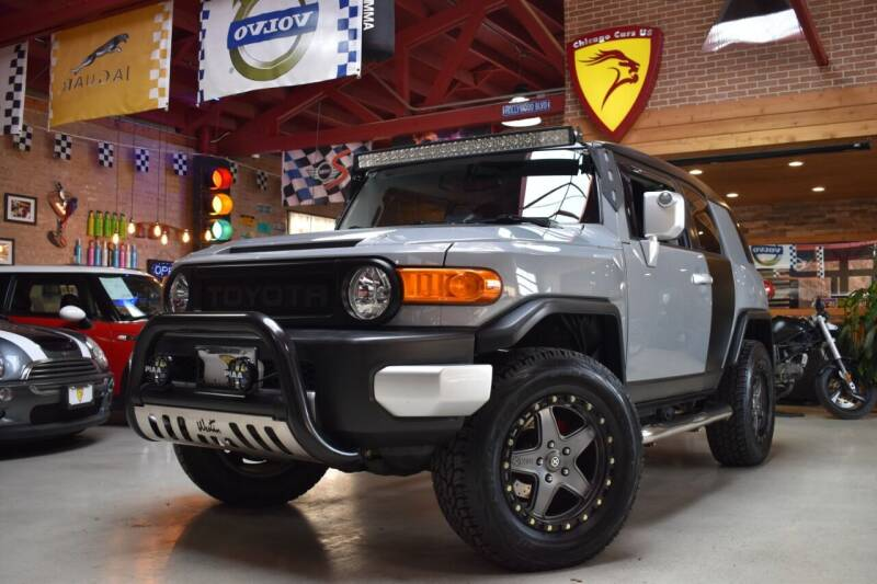 2014 Toyota FJ Cruiser for sale at Chicago Cars US in Summit IL
