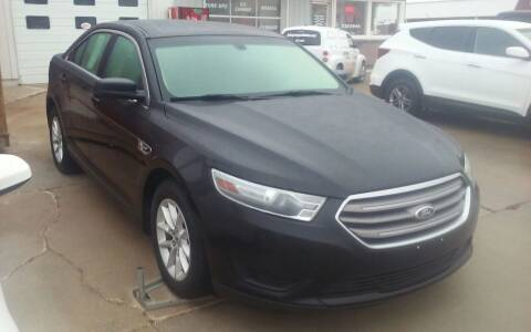 2013 Ford Taurus for sale at Bob's Garage Auto Sales and Towing in Storm Lake IA