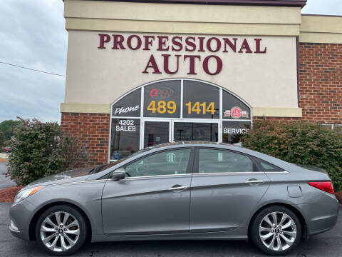 2013 Hyundai Sonata for sale at Professional Auto Sales & Service in Fort Wayne IN