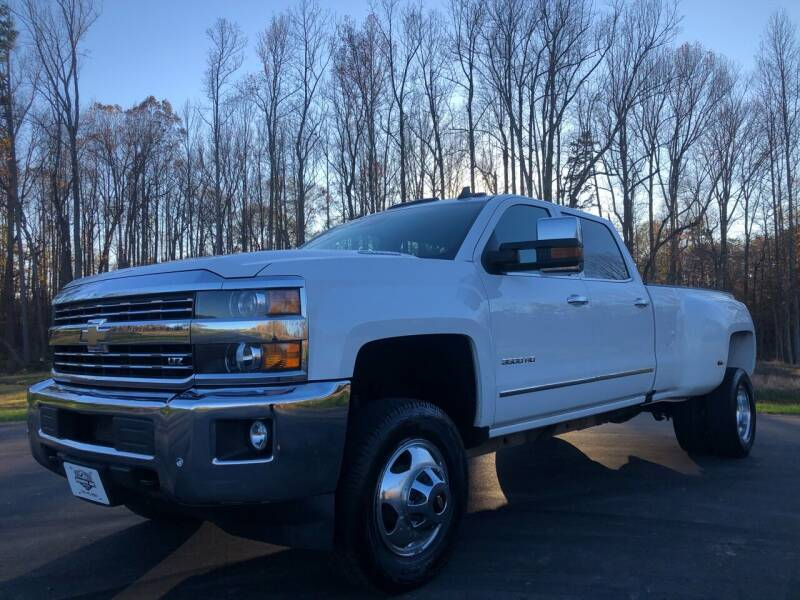 2015 Chevrolet Silverado 3500HD for sale at Priority One Auto Sales in Stokesdale NC