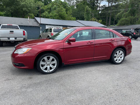 2013 Chrysler 200 for sale at Adairsville Auto Mart in Plainville GA